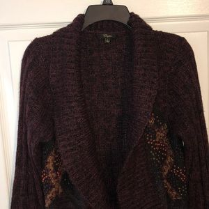 MAROON CARDIGAN WITH EMBROIDERY